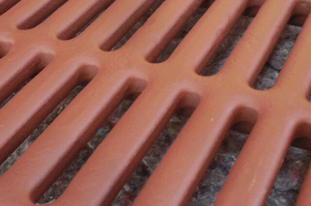Podium-Step-gerade-Abferkelbuchten-32-mm-Profil