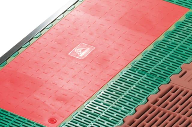 Simplex-Protec_Kunststoffheizung-Warmwasser-Elektro_8Z0A9521_07